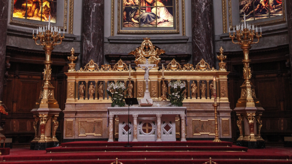 Altar with Tabernacle